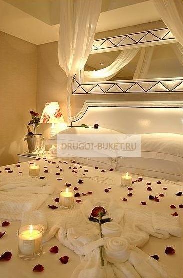 Украшения свадебной комнаты